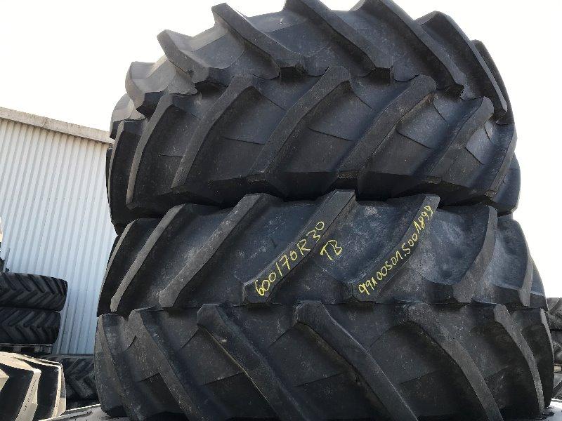 Trelleborg 600/70 R30 TM 900 - Räder + Reifen + Felgen - Rad