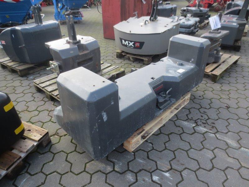 CLAAS 1800 KG - Accessoires pour tracteurs - Poids frontal