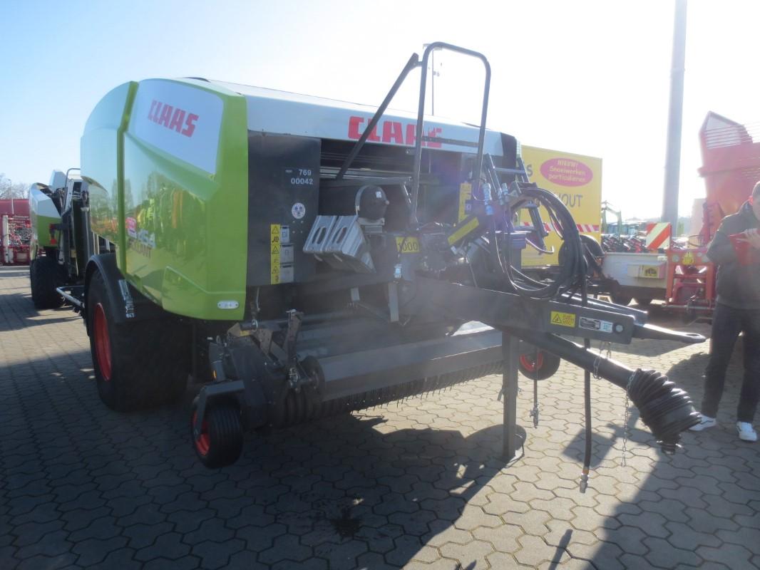 CLAAS ROLLANT 454 UNIWRAP - Appuyez sur - Combinaison presse/emballage