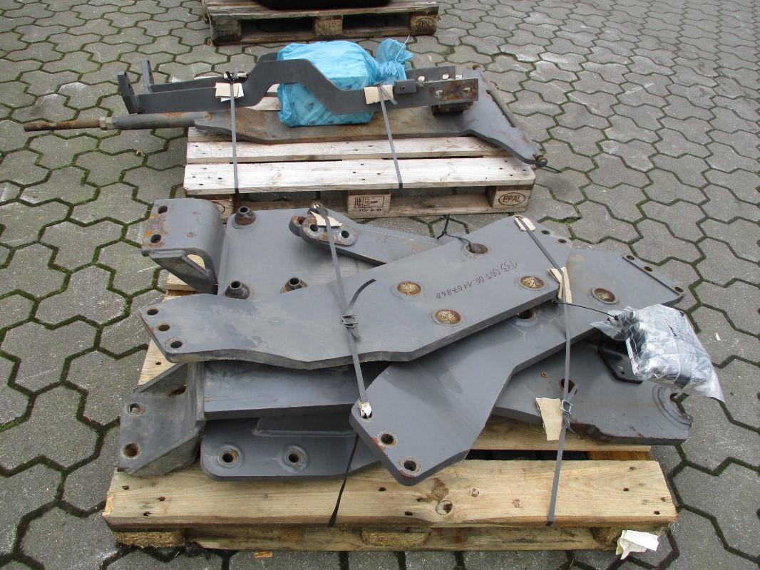 Quicke Q-SERIE - Accessoires pour tracteurs - Support de montage du chargeur frontal