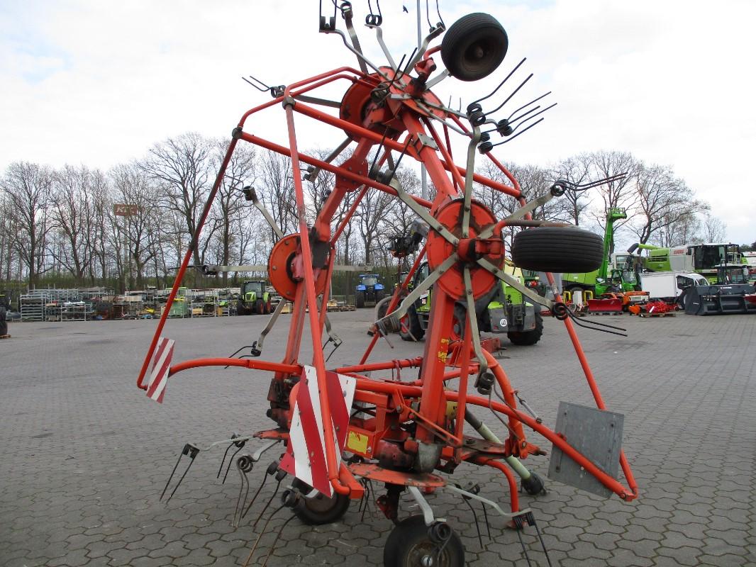 Fella TH800 D HYDRO - Technologie des pâturages + technologie de récolte du fourrage - Le faucheur rotatif