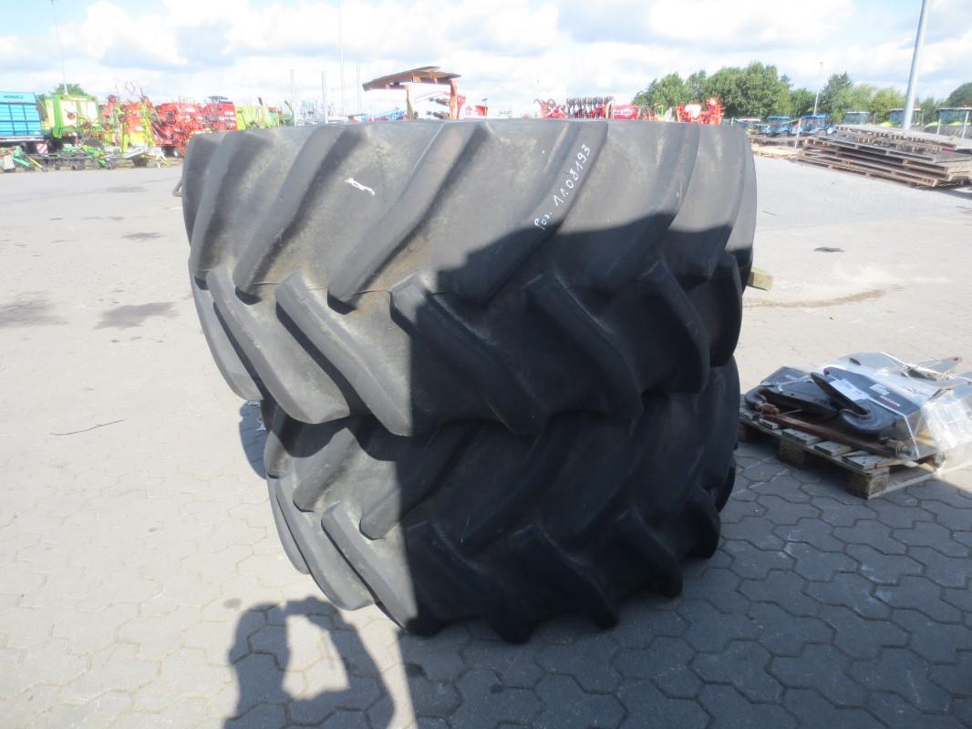 Good Year 2 Räder 800/65 R32 - Räder + Reifen + Felgen - Rad