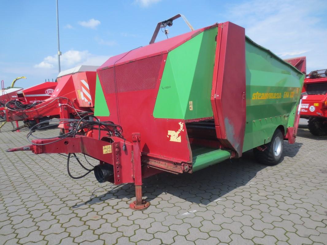 Strautmann BVW 801 - Fütterungstechnik - Futterverteilwagen