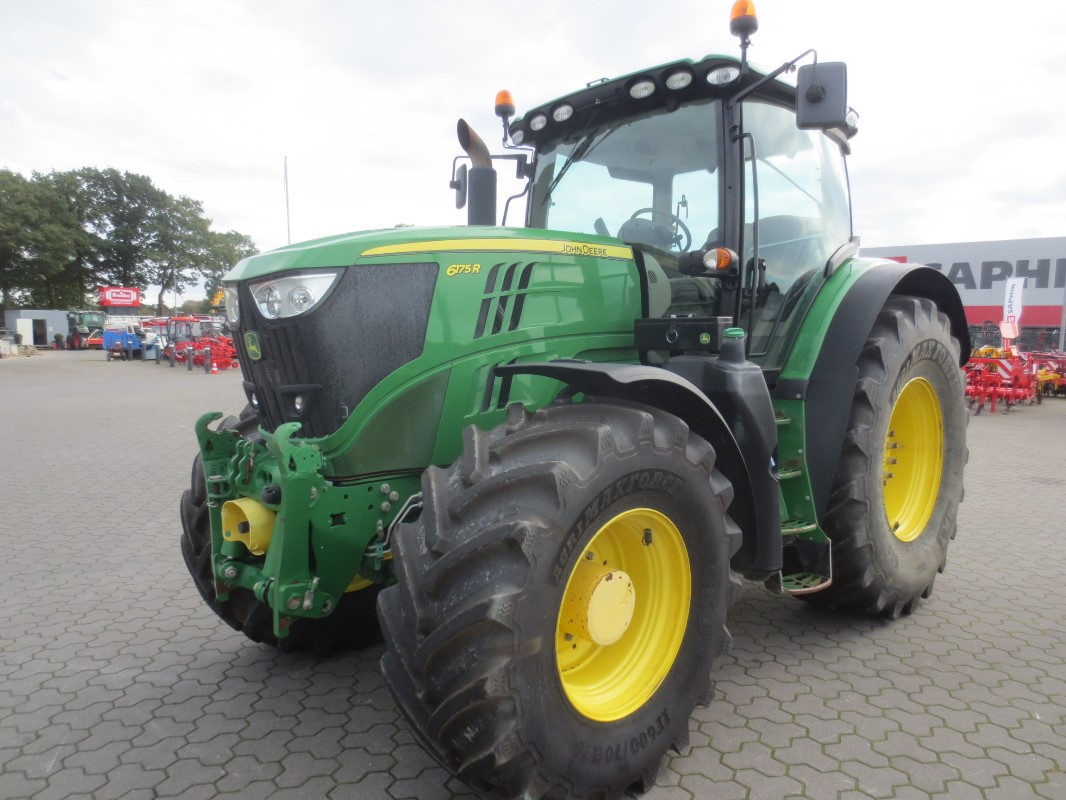 John Deere 6175R - Traktor